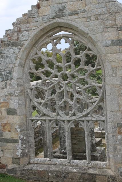 Ruine de la chapelle Languidou à Plovan (55)