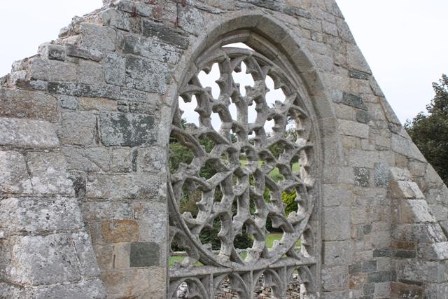 Ruine de la chapelle Languidou à Plovan (57)